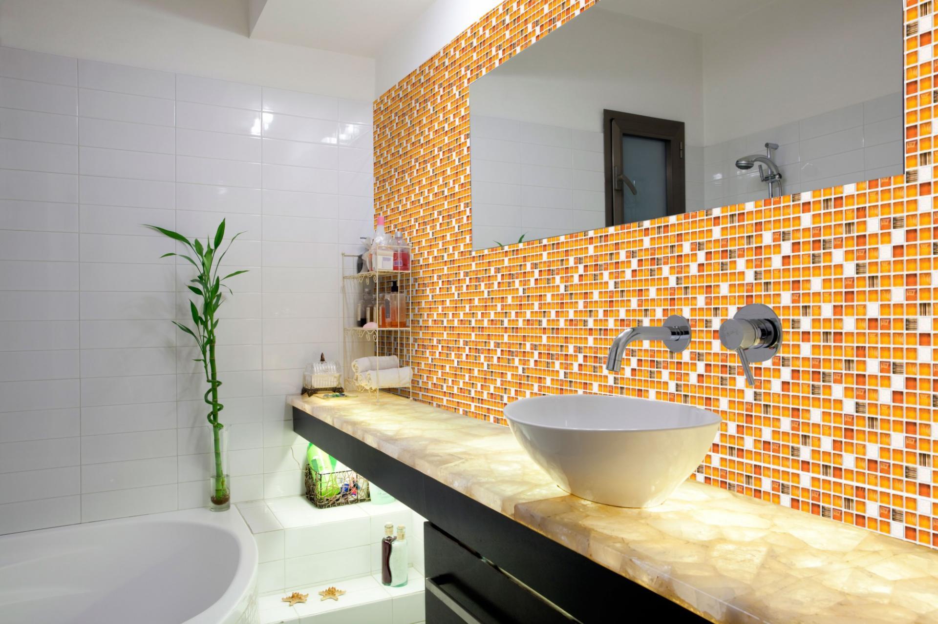 Mosaic amber 2